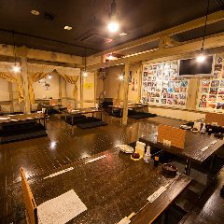 簾で仕切られる個室空間