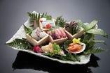 「春の料理」 御造り さより 鳥貝 赤貝 白貝 桜鯛 本鮪