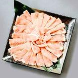 【ご宴会料理】「ヤマトポークしゃぶしゃぶコース」飲み放題付6,000円(税込・1名様)奈良県産のブランド豚「ヤマトポーク」を使ったジューシーで旨味たっぷりの豚しゃぶ。上品な味わい、脂の甘みがひと味違います。前菜、御造り、デザート付き。