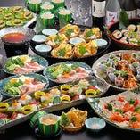 【ご宴会料理】冬の卓盛りと小鍋コース(5,000円/飲み放題付き) テーブルごとに盛り付けられたお料理を、ご自由にお取り分けしてお召上がり頂くスタイル。お鍋はおひとり分づつご用意いたしますので、ご宴会をゆっくりとお楽しみいただけます。