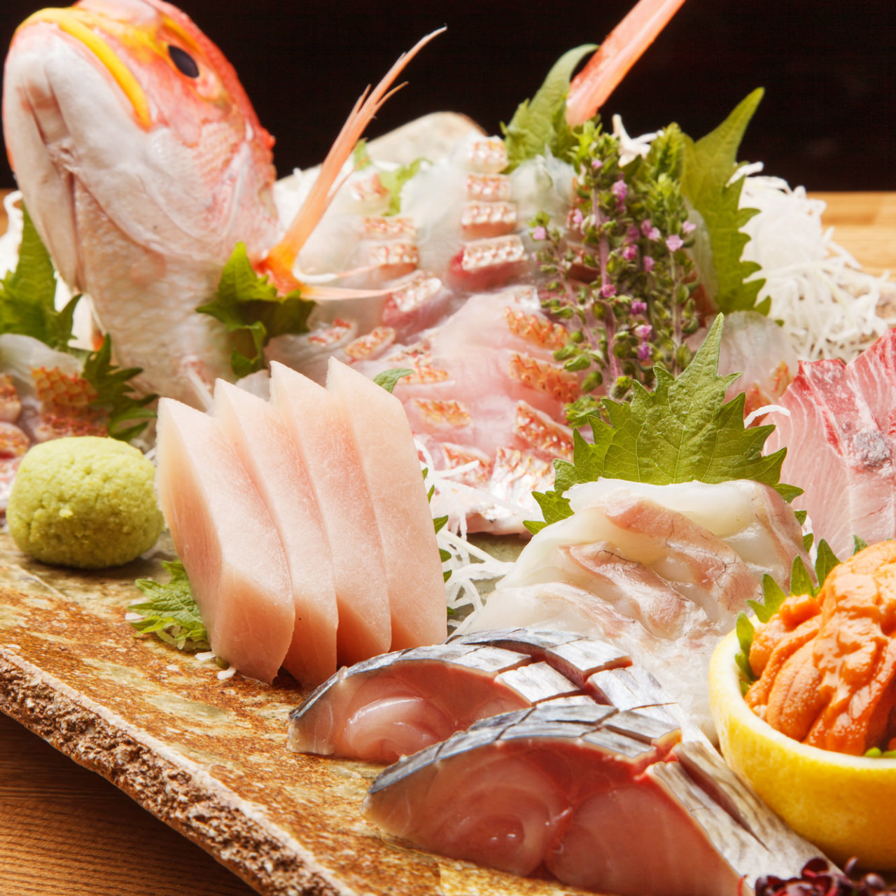 産地直送の新鮮な魚と厳選された食材をご提供します。体にも◎