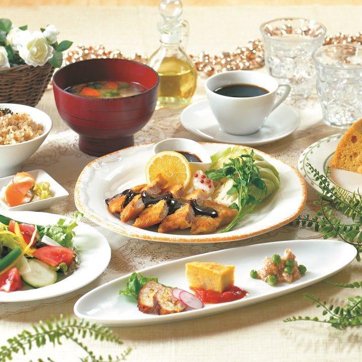 野菜を中心とした手作りの料理