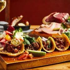 《 ワイワイ楽しむ!お肉とTACOSのパーティプラン 》3〜8名様 2時間半 飲み放題付き