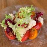◆彩りトマトと季節のフルーツのカプレーゼ