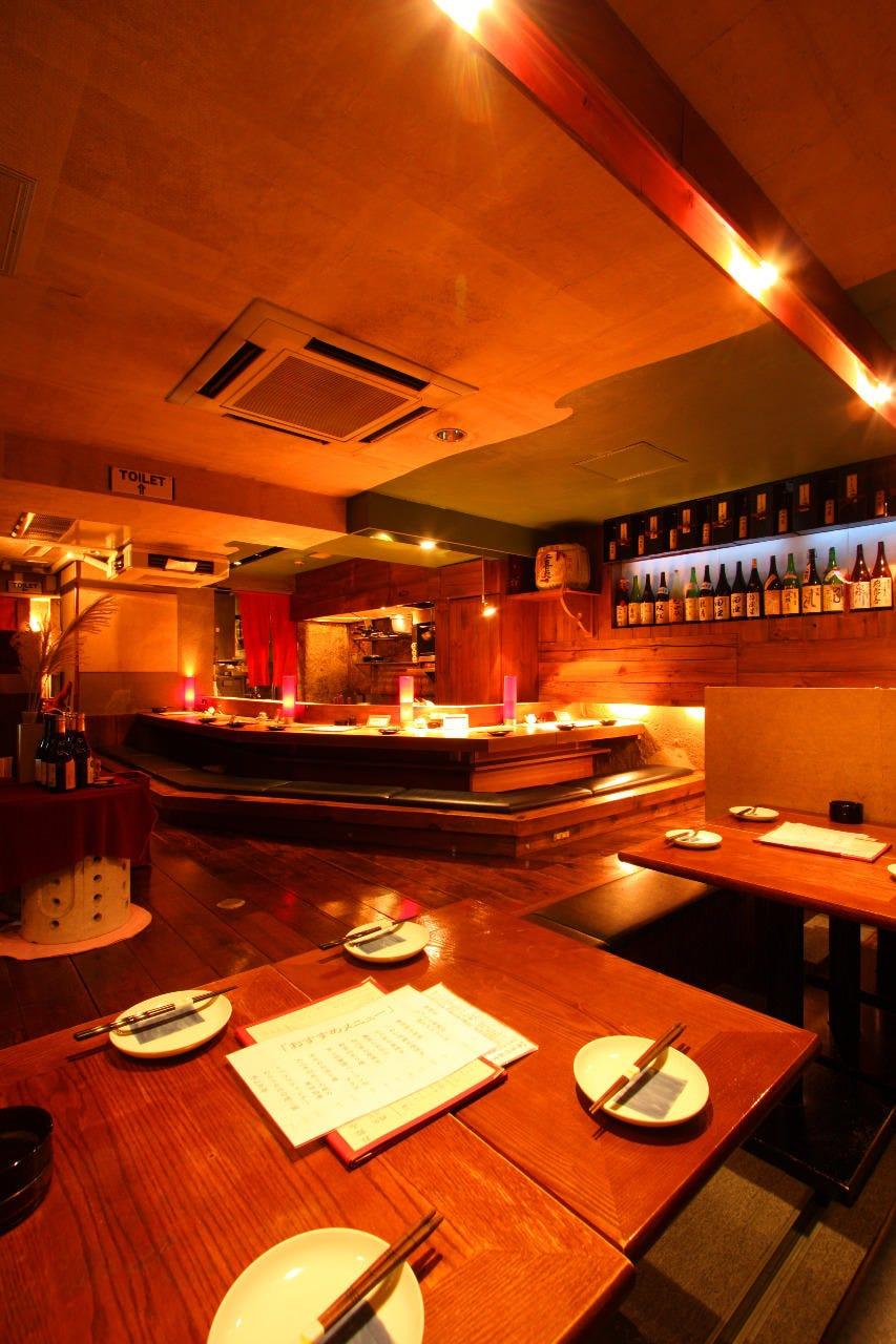 料理と日本酒ペアリングコース飲み物込の価格です。今だけ6500円が5500円