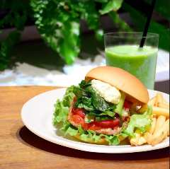 the 3rd Burger Otemachi One店