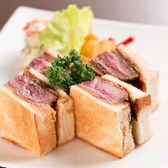 牛ヘレのカツサンド(お食事でご利用のお客様対象でテイクアウトOK)