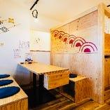 【宴会・女子会】2〜5名様用のテーブル席×2つ