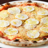 千葉多古産の『ヤマトイモ』を使ったピッツァは和とイタリアンの見事な融合が楽しめる一品