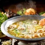 生つくね鍋~黄金に輝く鶏と鰹のダブルスープ~