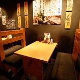 【4名様×11卓】フロアテーブル席