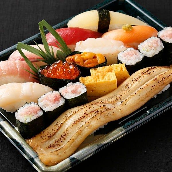 【テイクアウト専用】本格江戸前寿司をご家庭で!全14貫 特上かえで