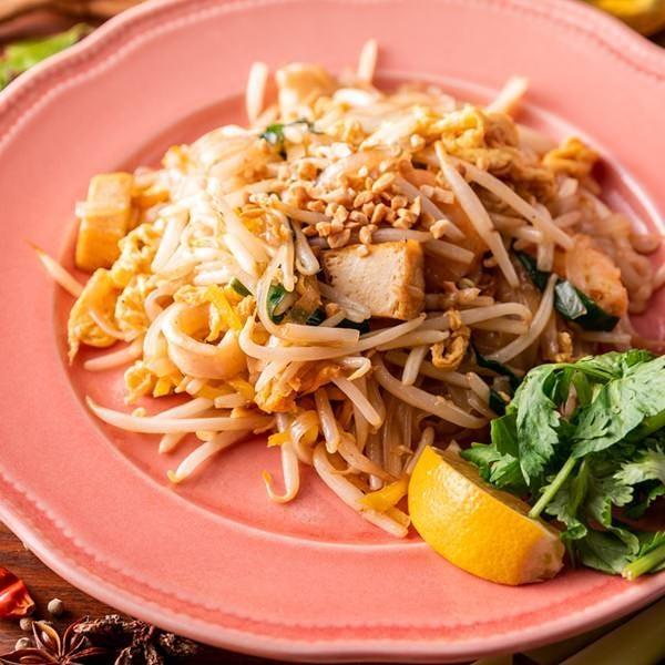 《平日限定ランチツースターコース》人気のベトナム風生春巻きや海老トーストに小籠包など 6品 1,800円