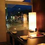富山駅前の夜景が楽しめる個室