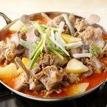 カムジャタン(ジャガイモと豚背骨肉の鍋)