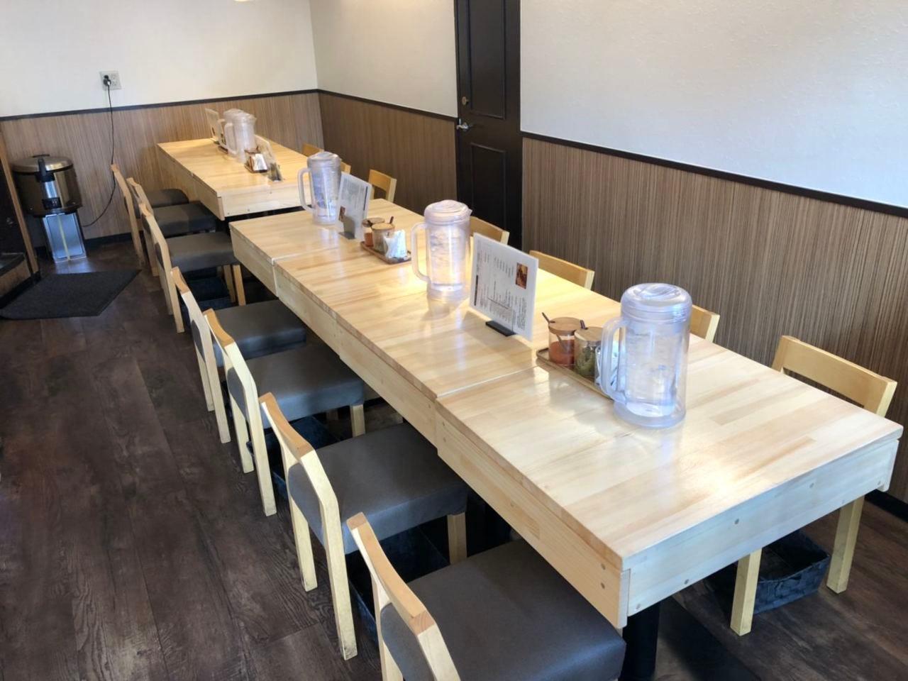 可動式テーブルは宴会にも最適