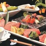 「至極」という言葉が相応しい贅沢素材を心ゆくまでご堪能いただける、未だ見ぬ景色が広がるコース料理。