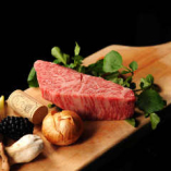 最上の肉を扱うプライド。人生を賭けて「肉」と歩いていきます。