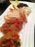 ラタトゥイユ(冷たい南仏野菜のハーブトマト煮)クルトンと!