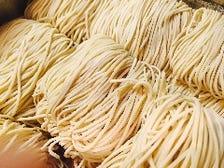国産小麦粉を使用した自家製麺