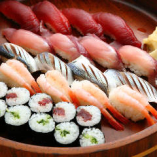 寿司の桶盛り