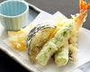 〔揚げ物〕  海老と旬野菜の天婦羅