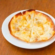 ブルーチーズと蜂蜜のピザ