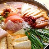多数の韓国鍋をご案内。
