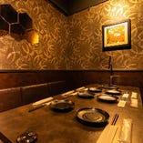 【全席卓上サワーサーバー完備】プライベート感のある個室で寛ぎの宴会が楽しめる!