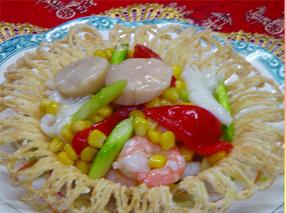 ホタテエビ・イカ・コーンの塩味炒め