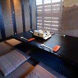 接待など少し改まったシーンにもおすすめの4名様用の小個室です。