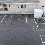 専用駐車場も完備しています。ぜひご利用ください。