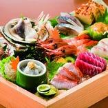 「たまゆら刺盛り」新鮮な天然魚だけ使った 赤字覚悟の名物料理