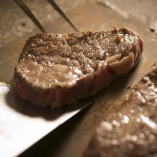 おいしいステーキをカジュアルにお楽しみいただけます。