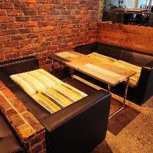オリジナル家具が醸すお洒落な雰囲気
