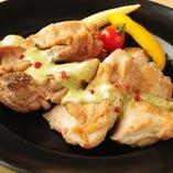【コース料理】 「パーティコース」ではボリューム満点のお肉も