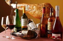 ワインは全てスペイン産。料理とのマリアージュは抜群です!