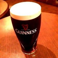 各国の生ビール5種類が楽しめる