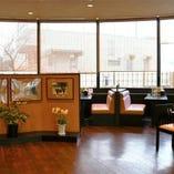 【店内イートインスペース完備】喫茶テーブル席 40席