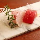 ◇鮮魚◇ 築地から仕入れる旬の魚介をご用意しております