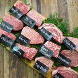 定番部位から希少部位さらに高級部位まで全12種の黒毛牛ステーキをお楽しみいただけます