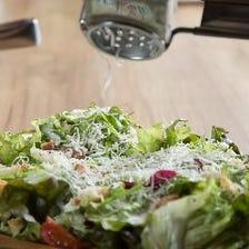 白菜とチーズと塩昆布のシーザーサラダ