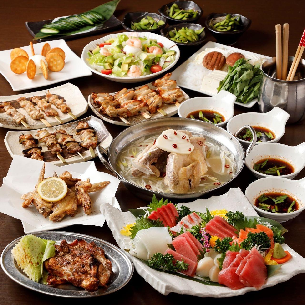 丸鶏の水炊きの入った宴会コース コラーゲンとボリューム満点!