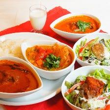 南インドのカレー定食「ミールス」