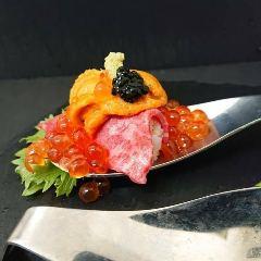 雲肉のこぼれ寿司(2スプーン)
