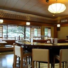 スフレ&カフェコーナー六盛茶庭