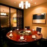 【円卓席 5~8名様】洗練された空間は、接待やお顔合わせにおすすめ