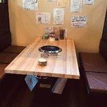 《半個室》4〜6名様 テーブル席から