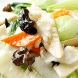 7】イカと野菜の炒め