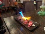 大人気!!!牛肩ロースの炙り寿司